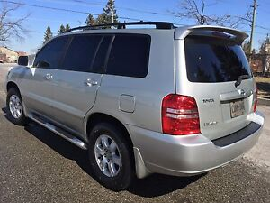 LADY DRIVEN TOYOTA HIGHLANDER 4WD V6 ETESTED NO ACCIDENT CALLNOW