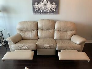 Leather Sofa/ Couch for sale