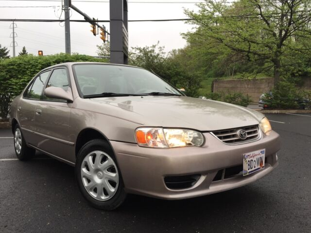 Image 1 of Toyota: Corolla 4dr…