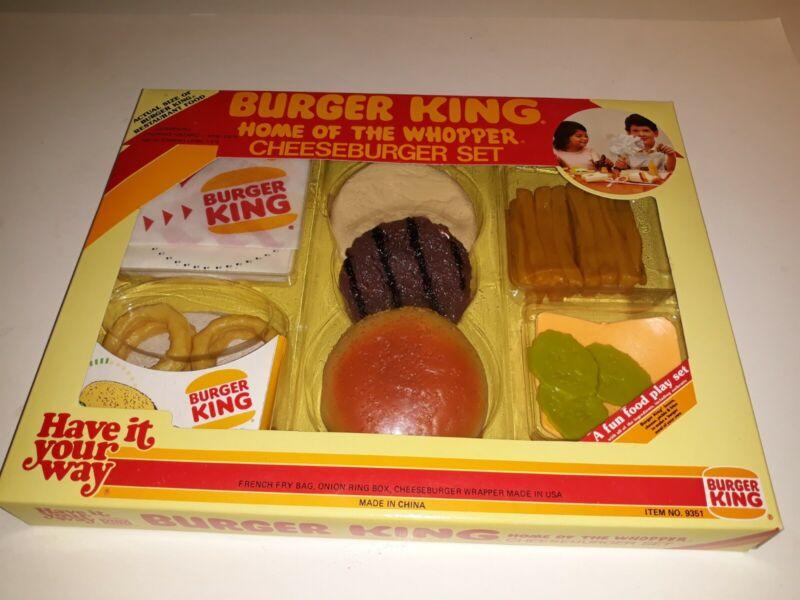 RARE 1987 Burger King Cheeseburger Set NIB - Play Set Factory Sealed