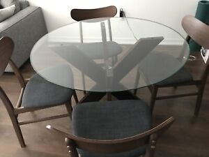 Full set dinning room table and four chairs $350