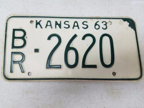 1963 KANSAS Brown County License Plate BR-2620
