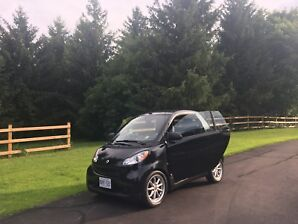 2009 Smart Fortwo Cabriolet Top of the Line Passion Model