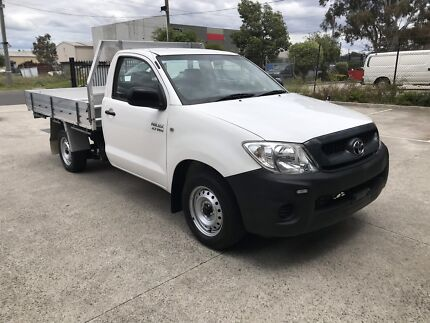FOR SALE 09 TOYOTA HILUX UTE MANUAL! 190,000 EXCELLENT CONDITION Somerton Hume Area Preview