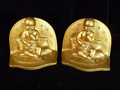 VINTAGE SIGNED K & O KRONHEIM & OLDENBUSCH 'BABY ON PILLOW' BOOKENDS CIRCA 1940