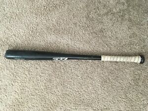 -3 marucci wooden bat 31 inch 28 ounches
