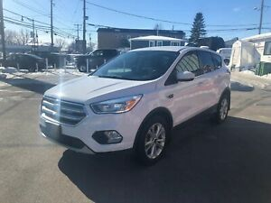 2017 Ford Escape SE 4WD 1.5L 4 CYL CAMERA 12999$ 514-692-0093
