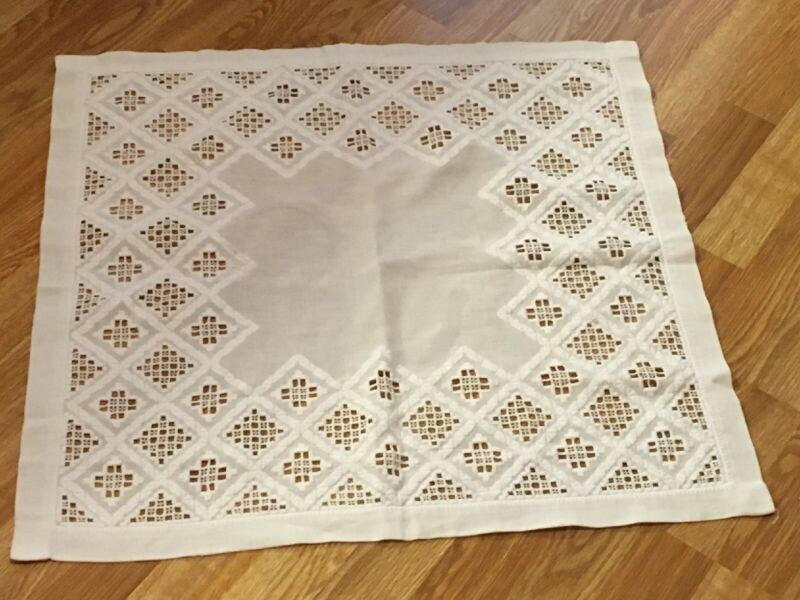 "Beautiful Vintage Norwegian Hardanger Embroidered Cotton Tablecloth 26"" x 25"""