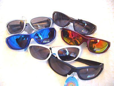 SUNGLASSES MEN'S / WOMEN'S /TEENS FOR EVERYDAY WEAR MAX.100 % UV 400 (Woman Wearing Sunglasses)