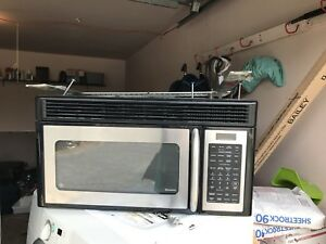 "30"" GE stainless steel over the range Microwave  mint"