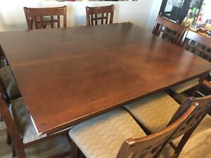 Dining Table and 8 Chair Set For Sale $700.00 OBO