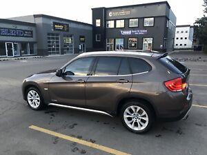 2012 BMW X1 - LOW KM