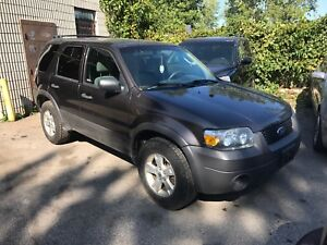 2006 Ford Escape 3.0 v6 part out