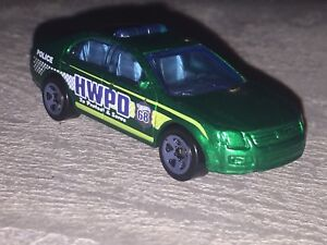 Hot wheels ford fusion ($1)