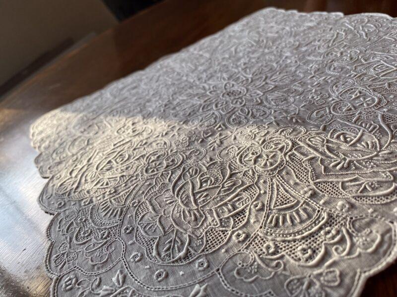 Beautiful Vintage Elaborate Madeira Wedding Linen Handkerchief