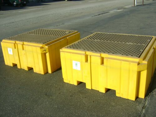 """ULTRATECH 1157 SPILL CONTAINMENT PALLET """"EXCELLENT USED CONDITION"""" ONLY ONE LEFT"""