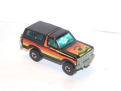 Vintage Hot Wheels Blackwall Ford Bronco **YELLOW LIGHT SPECIAL**