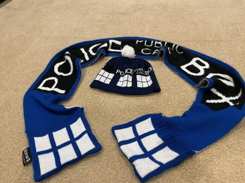 Dr.who/tardis hat snd scarf combo deal
