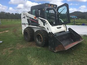 Skidsteer low hrs 1000kg SWL 2013 model bobcat excavator earth moving Wyong Wyong Area Preview