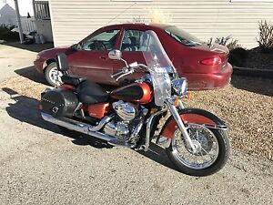 2006 Honda Shadow MINT condition. Lots of extras!!