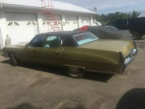 1973  Cadillac Fleetwood runs and drives perfect