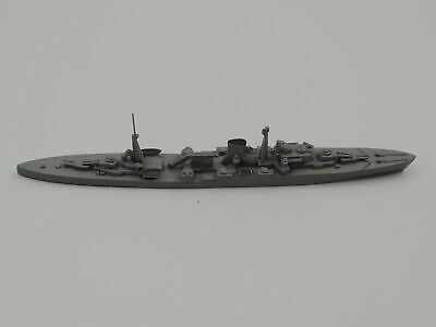 1:1250 Metal Ship Model Delphin D 63 Leander Light Cruiser