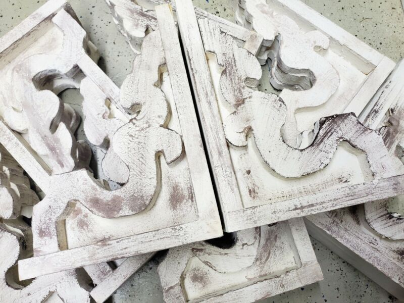 Chunky White Wooden Corbels