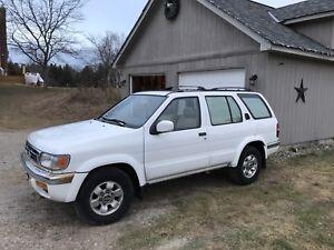 1999 Nissan Pathfinder $900