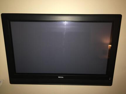 """BEXA 32"""" Digital Plasma TV"""