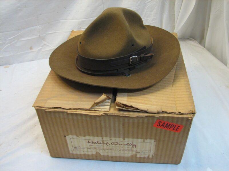 Vintage Boy Scouts of America Felt Leader Hat Dynafelt with Box BSA 7-1/8 Ranger