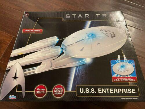 Brand NEW SEALED USS Enterprise Star Trek BRAND New Playmates Starship 1701 2009