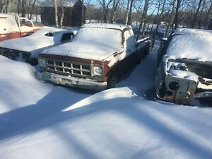 1978 gmc 2wd  part out