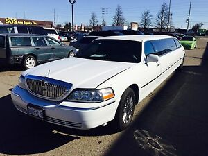 2005 LINCOLN TOWN CAR FOR SALE