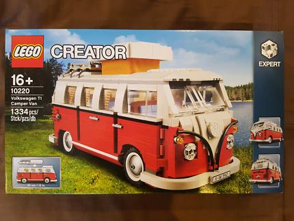 LEGO Creator: Volkswagen T1 Camper Van 10220 - Brand New