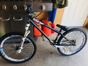 Bicycle for sale(dirt jumper)