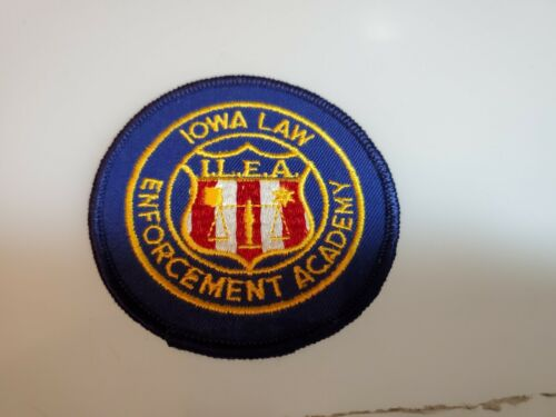 OBSOLETE THICK SHOULDER PATCH IOWA LAW ENFORCEMENT ACADEMY