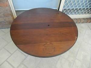 Recyled Timber & Steel Coffee Table , pick up in Geelong