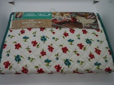 The Pioneer Woman Posies Table Runner 14 in x 72 in Quilted Reversible NWTS,NEW!