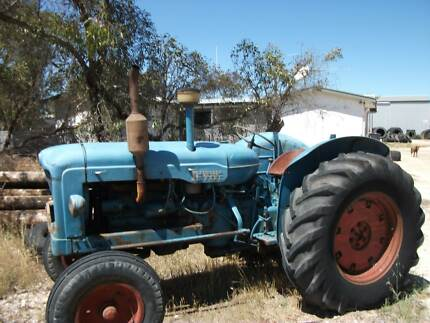 FORDSON TRACTOR The Coorong Area Preview