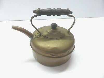 VINTAGE / ANTIQUE SMALL COPPER KETTLE WITH CHARACTER DENTS AND WEAR