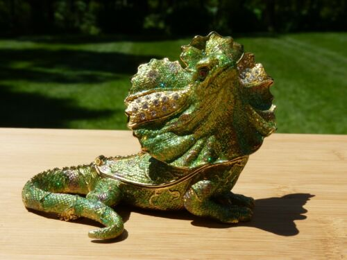 Decorative Enamel Lizard