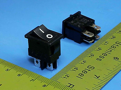 Rocker Switch Double Pole Dpst 10 Amp 120 On-off Dpst Mr-21-a-q-bb-3 5 Pcs