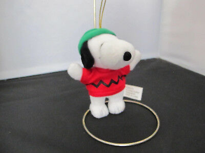 "PEANUTS  CHRISTMAS SNOOPY PLUSH 5"" TALL WEARING A CHARLIE BROWN ZIG ZAG SHIRT"