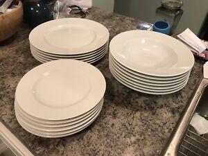 Dinner Ware Set & Plates White   Buy or Sell Kitchen \u0026 Dining in Calgary   Kijiji ...