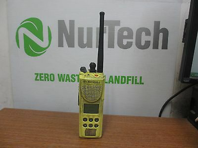 Motorola Yellow Xts3000 R Radio Fcc Id Az489ft5774 Model H09ucf9pw7bn