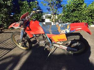 HONDA XR 350 1983 WRECK OR RESTORE St Agnes Tea Tree Gully Area Preview