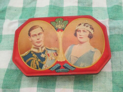 VINTAGE SOUVENIR TOFFEE TIN OF ROAYAL VISIT 1939 QUEEN ELIZABETH & KING GEORGE