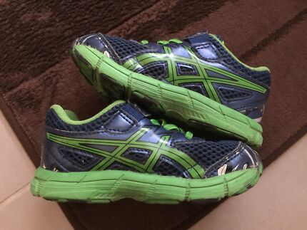 Size 8 Kids ASICS shoes RRP$65 (~3yr old kid)