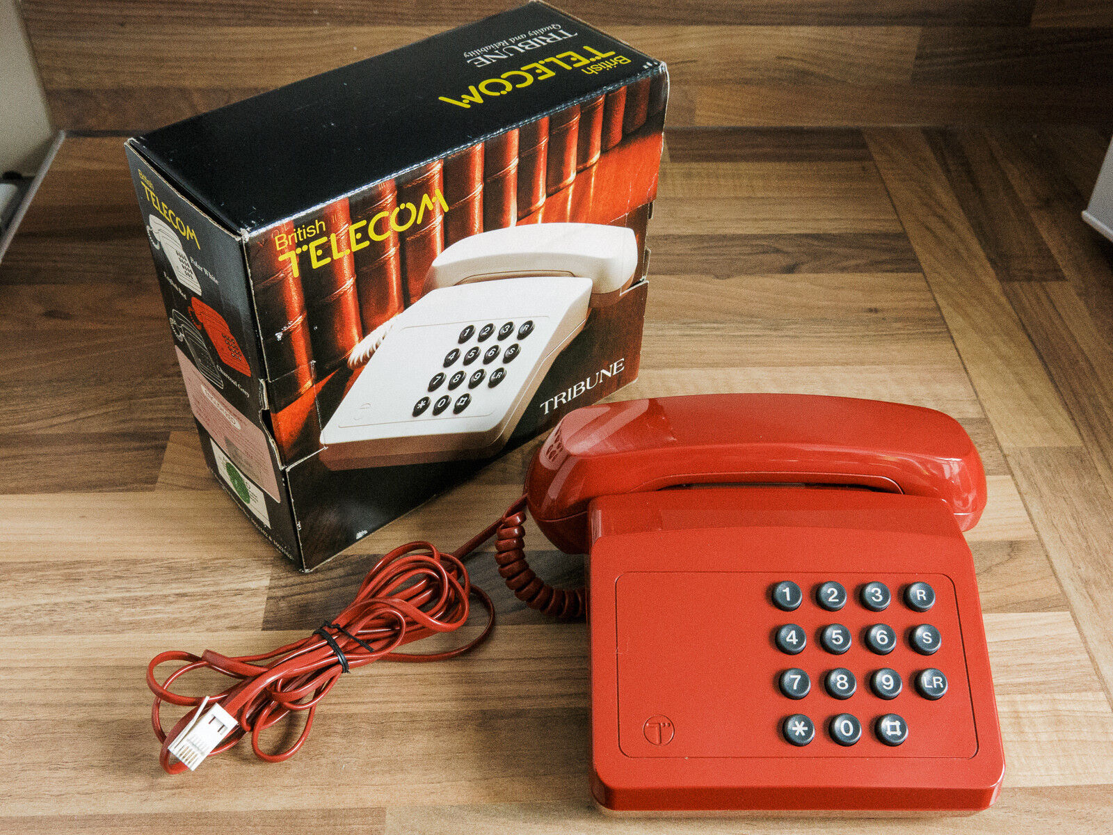 Vintage GPO BT British Telecom Tribune Telephone 1980s Boxed phone Red