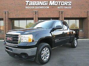 2012 GMC Sierra 2500 HD 4X4 | EXTENDED CAB | BLUETOOTH |